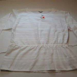 GAP WOMENS WHITE BLOUSE DESIGNED AND CRAFTED med